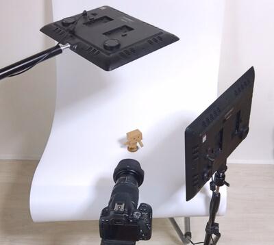 ブツ撮りのためLEDビデオライトのYongnuo YN600 Airをセッティング