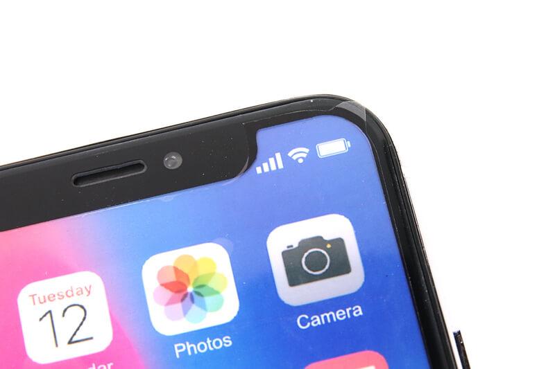 iPhone Xのモックアップに保護フィルム