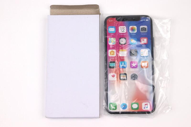 iPhone X、モックアップが入っていた箱