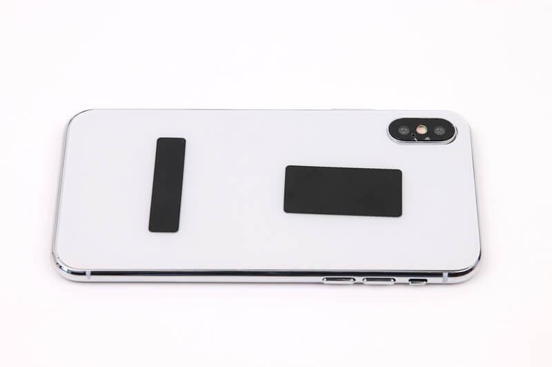 iPhone X、モックアップの裏面