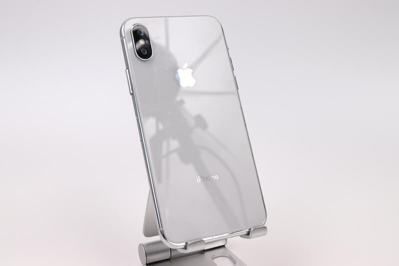 iPhone Xのモックアップ、ガラスの反射