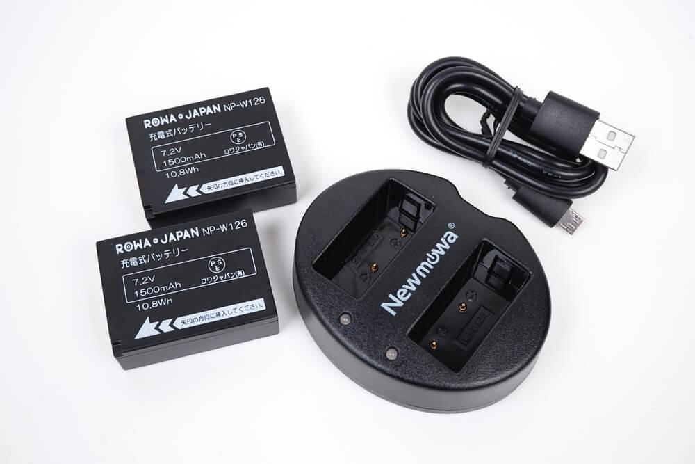 ロワジャパンのNP-W126互換バッテリーとNewmowaの充電器