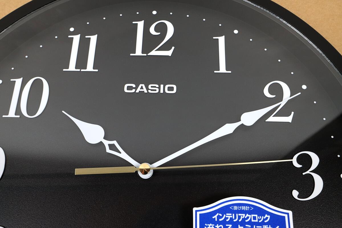 カシオの掛け時計 IQ-88は分針も静か