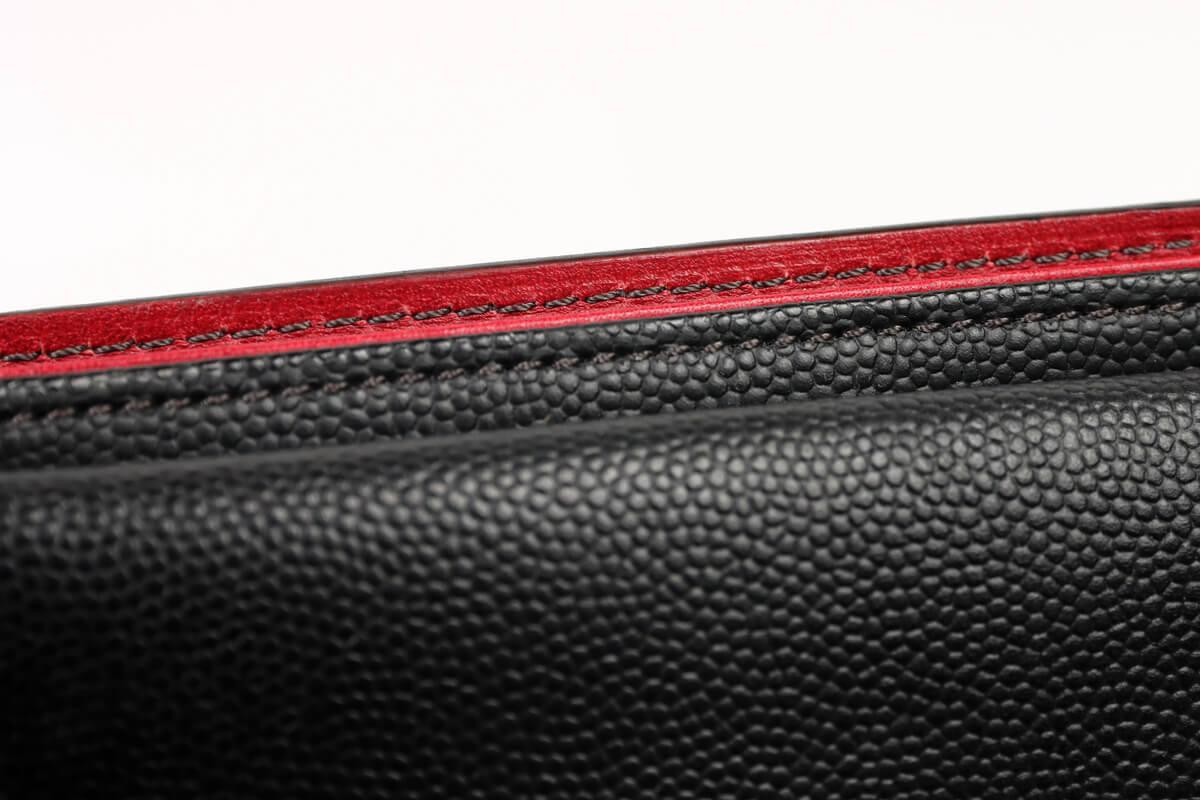 キプリス ペルラネラ 二つ折り財布の縫製