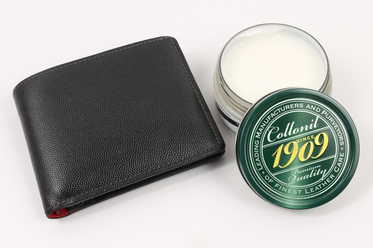 コロニル 栄養クリーム 1909と二つ折りの革財布