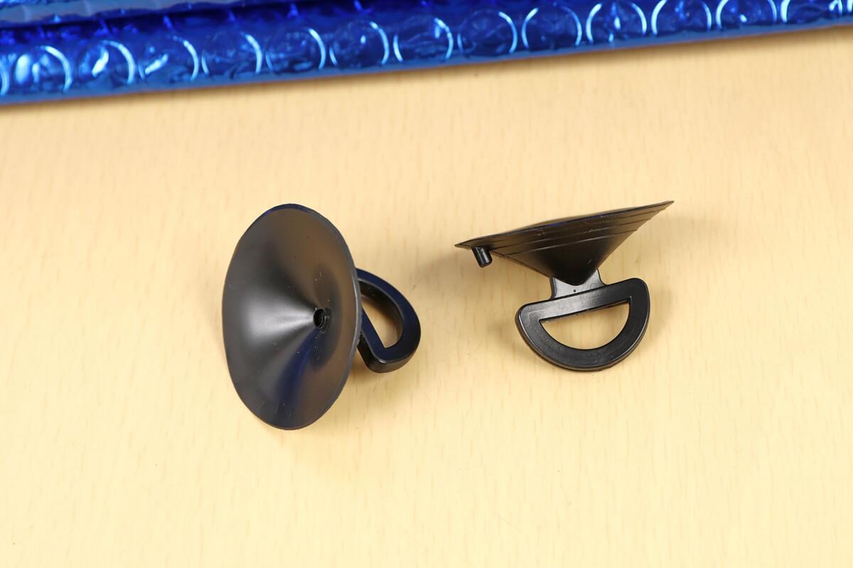 カインズホーム プリウス用のサンシェードの吸盤