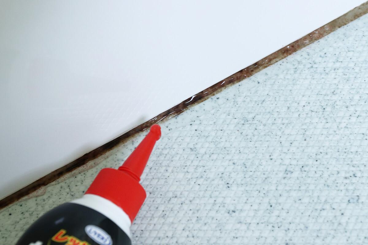 カビトルデスPROをお風呂場のパッキンに塗る
